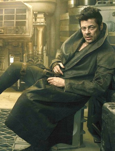 star-wars-the-last-jedi-benicio-del-toro-Coat